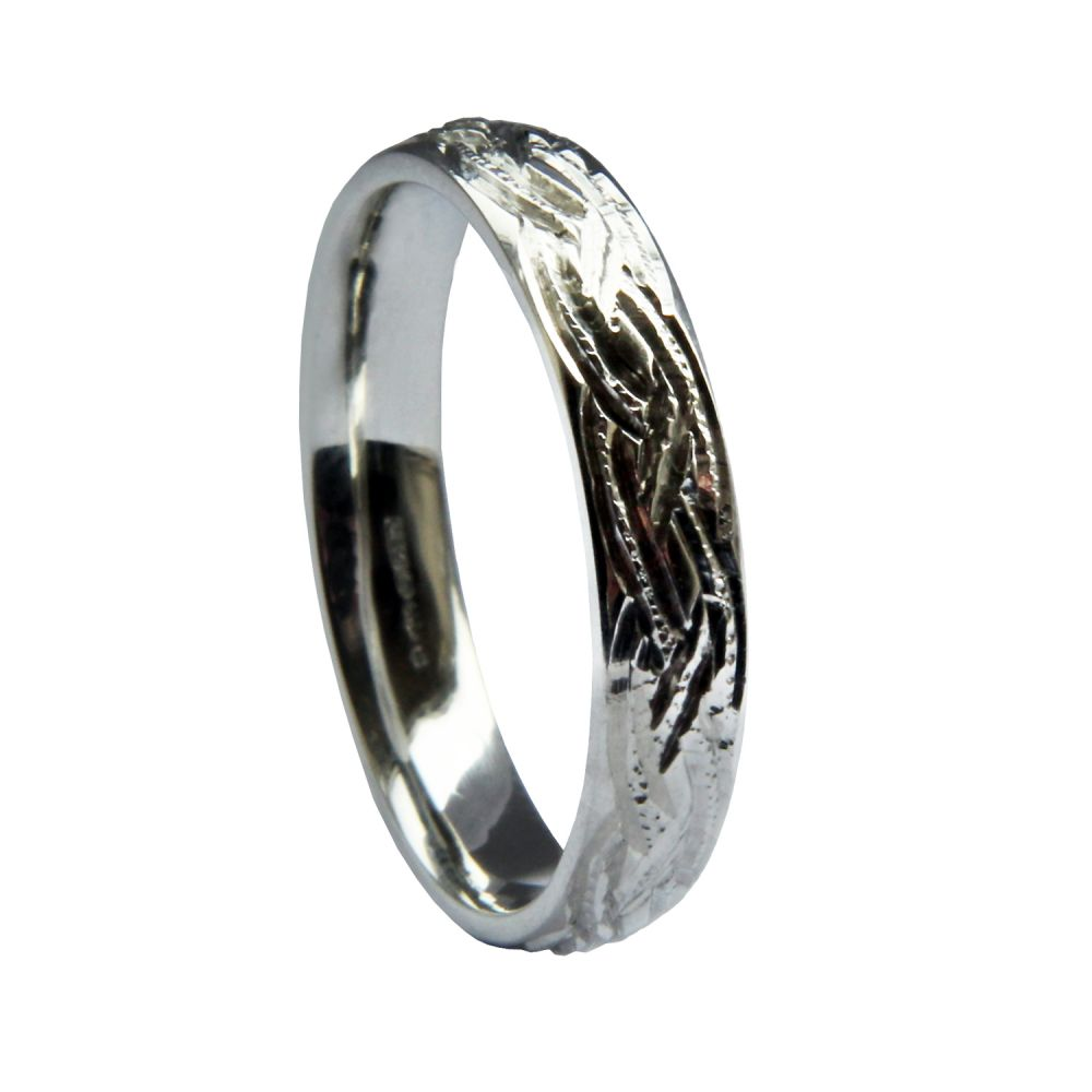 SALE 4mm 9ct White Gold Celtic Engraved Heavy Court Comfort Wedding Ring At Size R